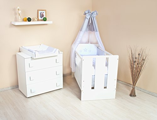 kinderzimmer komplett set wickelkommode babybett mit vollausstattung. Black Bedroom Furniture Sets. Home Design Ideas