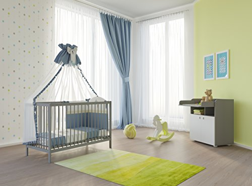 babyzimmer set mit babybett und wickelkommode inklusive matratze in verschiedenen farben grau. Black Bedroom Furniture Sets. Home Design Ideas